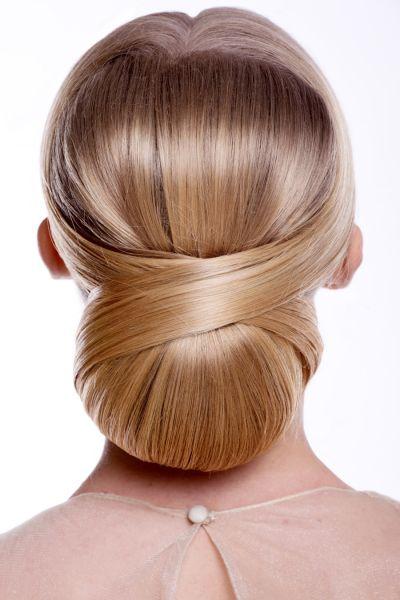 Plusieurs id es de coiffure rapides pour les sorties - Chignon mariage simple ...