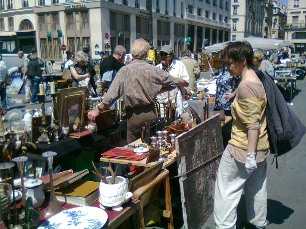vide grenier brocante paris. Black Bedroom Furniture Sets. Home Design Ideas