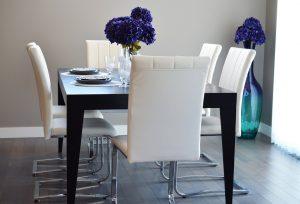 Table à manger design et décorée